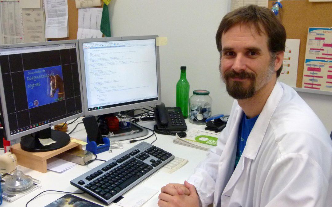 El investigador Gómez-Arrue, de IACS, premio Cátedra Santander por su simulador para diagnosticar cojeras en caballos