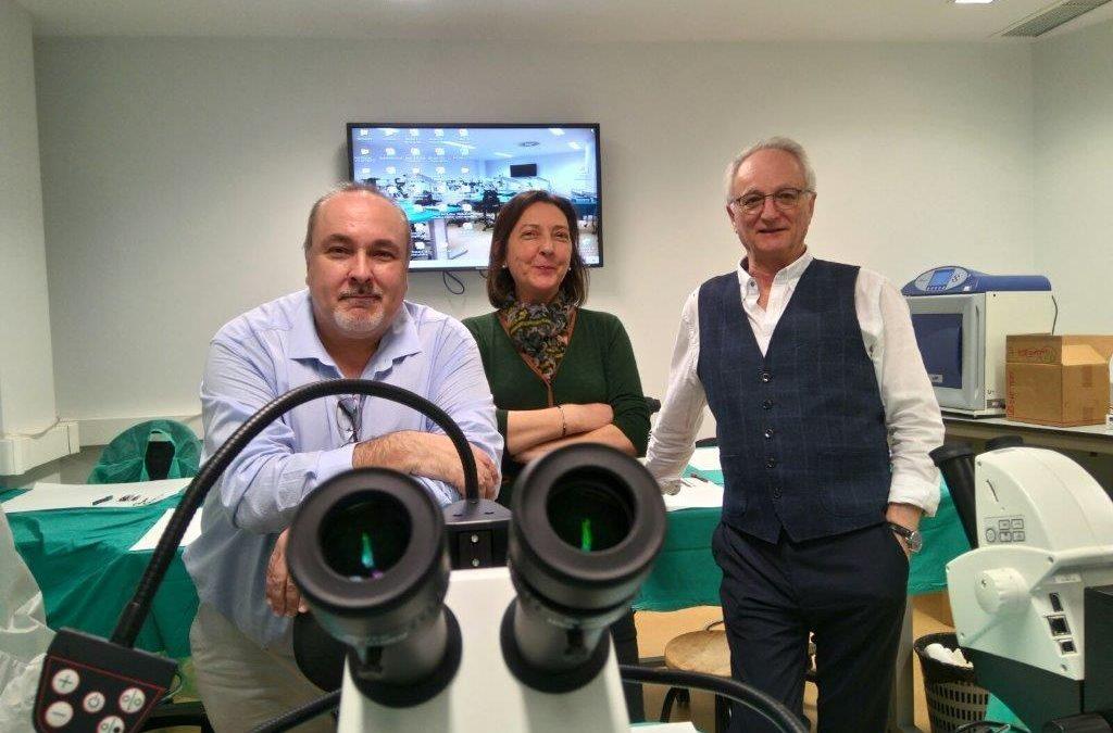 Investigadores de toda España aprenden en el IACS técnicas de reproducción asistida en ratón