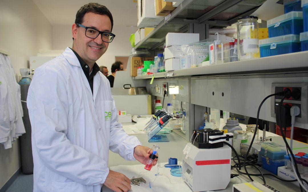 El investigador Ignacio Giménez saca adelante su proyecto de micro mecenazgo para financiar nuevas terapias para enfermedades renales